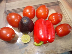 cold-tomato-soup-ingredients